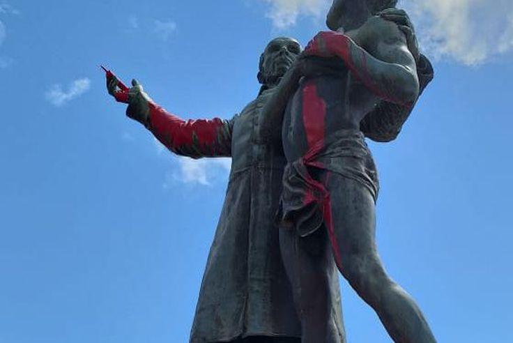 statues-de-la-discorde